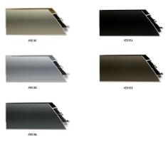 Szeroki profil ramy aluminiowej, idealny do oprawy nawet dużych formatów prac.
