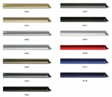Profil ramy aluminiowej, przeznaczony do oprawy małych i średnich formatów prac.
