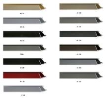 Profil aluminiowej ramy, przeznaczony także do oprawy większych formatów prac.