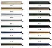 Wąski, płaski profil aluminiowy,idealny również do oprawy większych formatów prac.