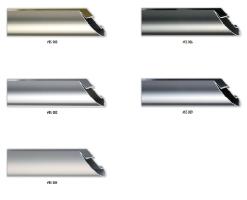 Szeroki, półokrągły profil ramy aluminiowej do oprawy nawet dużych rozmiarów prac.